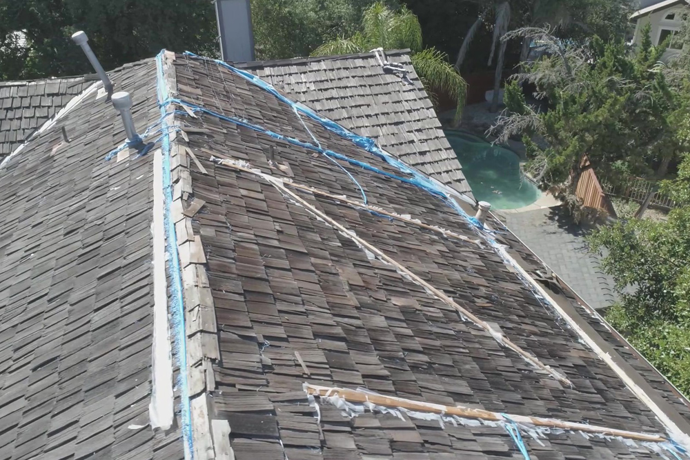 Landmark Lifetime Certainteed in Heatherblend Roofing Project in Roseville, CA - Bob Jahn's Roofing in Roseville - Before