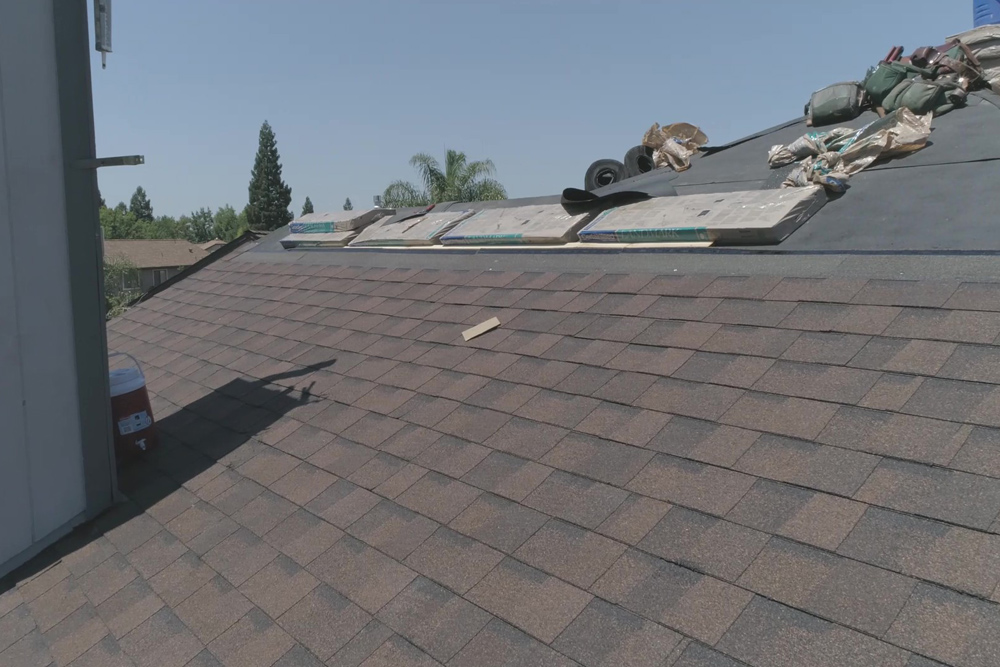 Landmark Lifetime Certainteed in Heatherblend Roofing Project in Roseville, CA - Bob Jahn's Roofing in Roseville - During